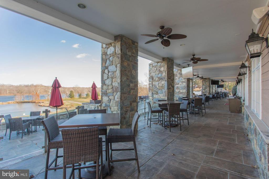 Imagine lunch on the clubhouse patio! - 18212 CYPRESS POINT TER, LEESBURG