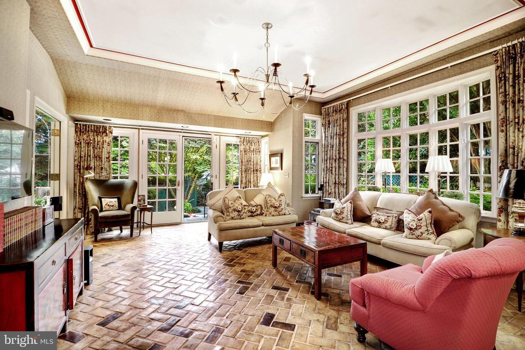 Family Room - 6412 ELMWOOD RD, CHEVY CHASE