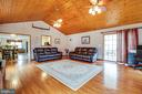 Gleaming Wood Features in Family Room - 300 EDWARDS DR, FREDERICKSBURG