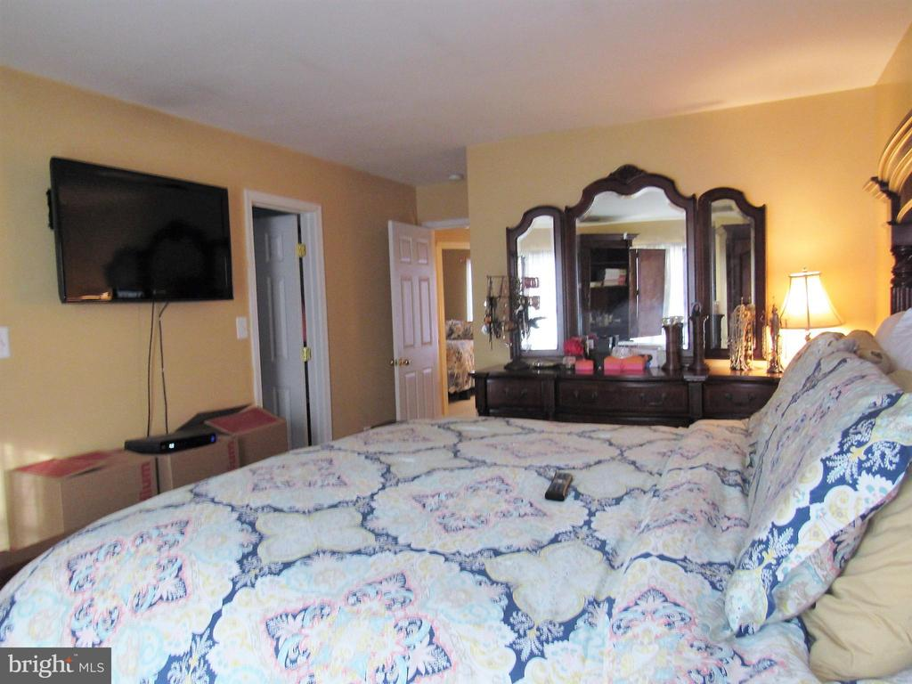 Master Bedroom - 43451 PARISH ST, CHANTILLY