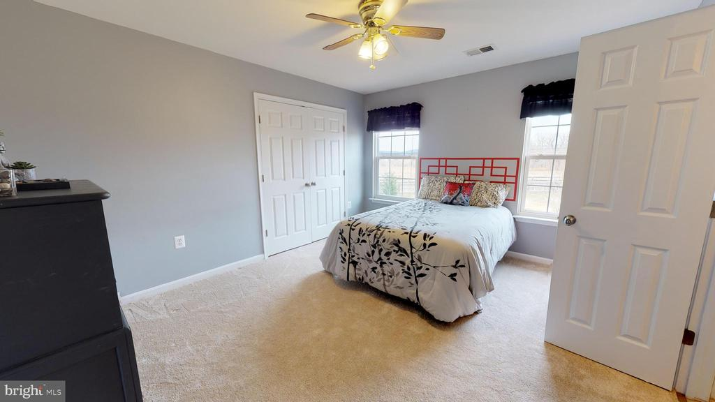 4th bedroom - 429 AUTUMN CHASE CT, PURCELLVILLE