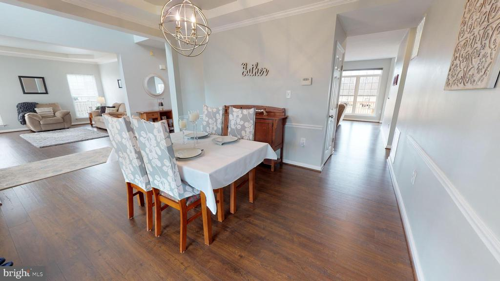 Bright, open floor plan - 429 AUTUMN CHASE CT, PURCELLVILLE