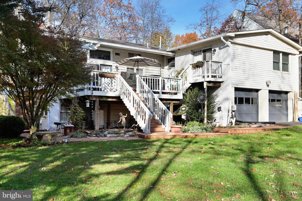 Multi Level Decks - 45550 LAKESIDE DR, STERLING
