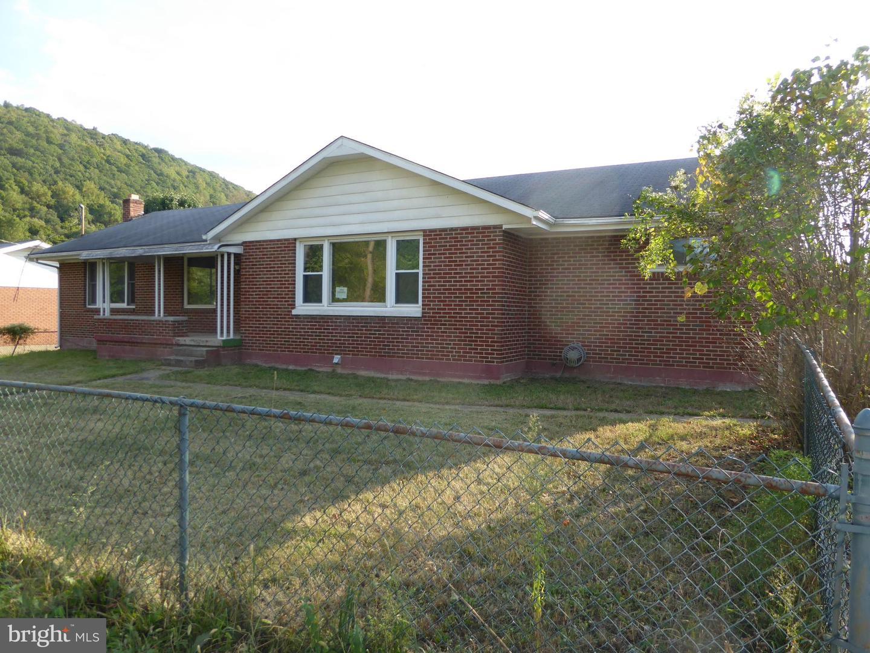 Single Family Homes voor Verkoop op Keyser, West Virginia 26726 Verenigde Staten