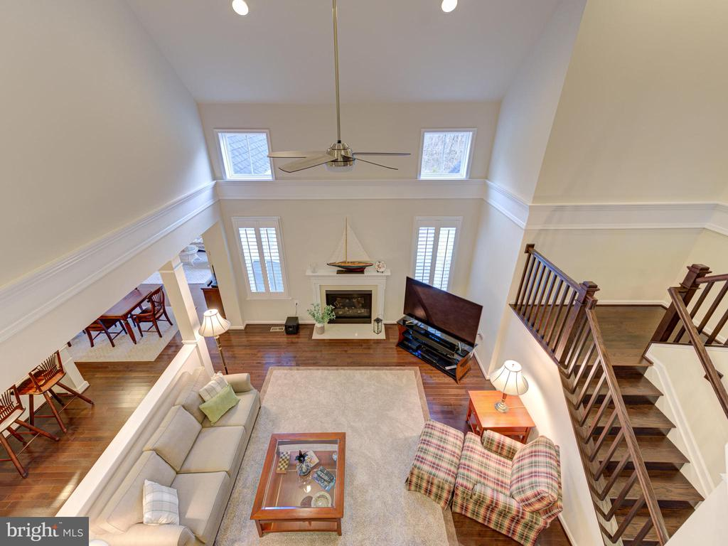 - 17218 CREEKSIDE GREEN PL, ROUND HILL