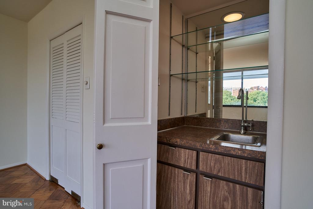 Wet Bar in Living/Dining Room - 2700 VIRGINIA AVE NW #504, WASHINGTON