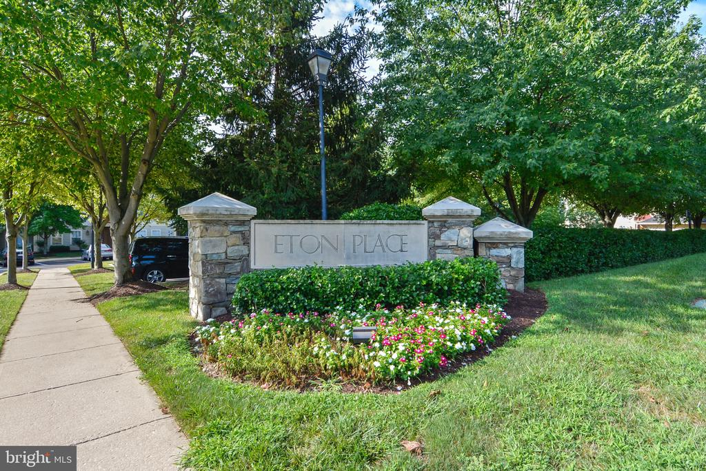ETON PLACE welcomes you. - 11824 ETON MANOR DR #302, GERMANTOWN