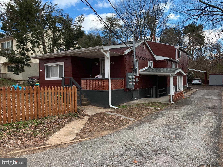 Single Family Homes para Venda às Glen Burnie, Maryland 21060 Estados Unidos