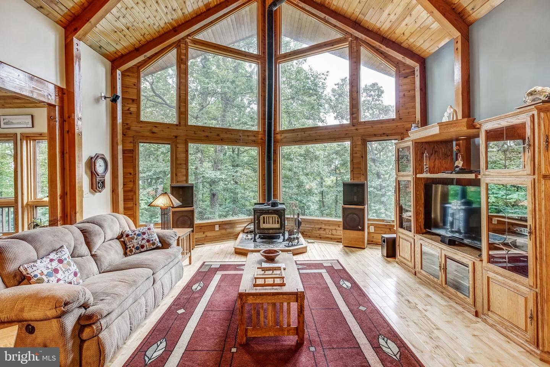 Single Family Homes 為 出售 在 Crozet, 弗吉尼亞州 22932 美國