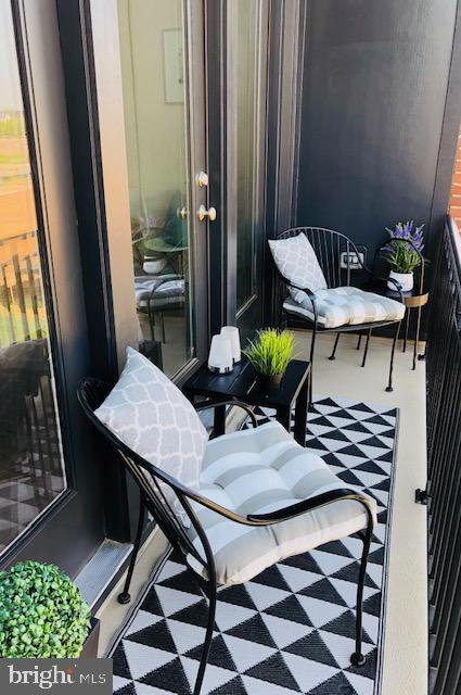 Covered Balcony with Beautiful Park Views - 23100 LAVALLETTE SQ, BRAMBLETON