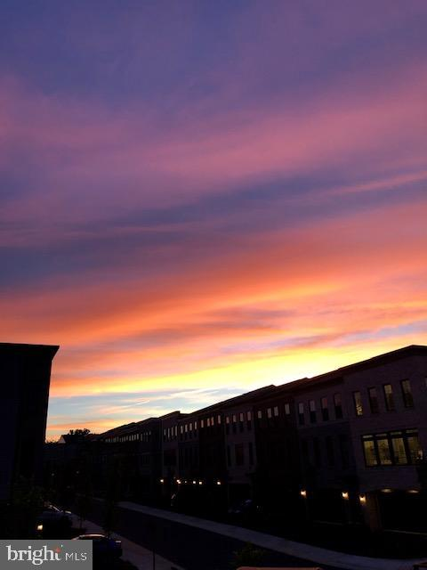 Sunset View From Deck - 23100 LAVALLETTE SQ, BRAMBLETON