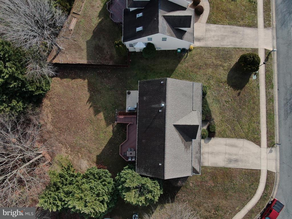 Ariel top view of home - 8 NASSAU CT, STAFFORD