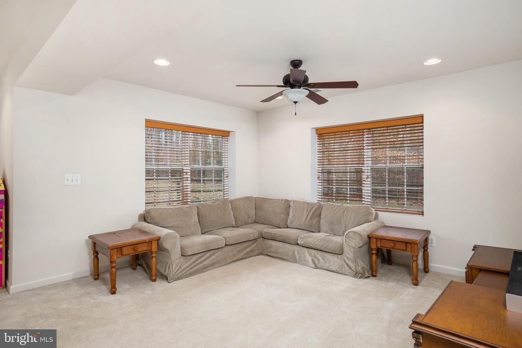 WHAT WOULD YOU DO WITH THIS SPACE? - 10008 WILLOW RIDGE WAY, SPOTSYLVANIA