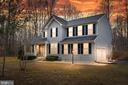 GORGEOUS HOME W/OVER 4,OOO SQFT! - 10008 WILLOW RIDGE WAY, SPOTSYLVANIA