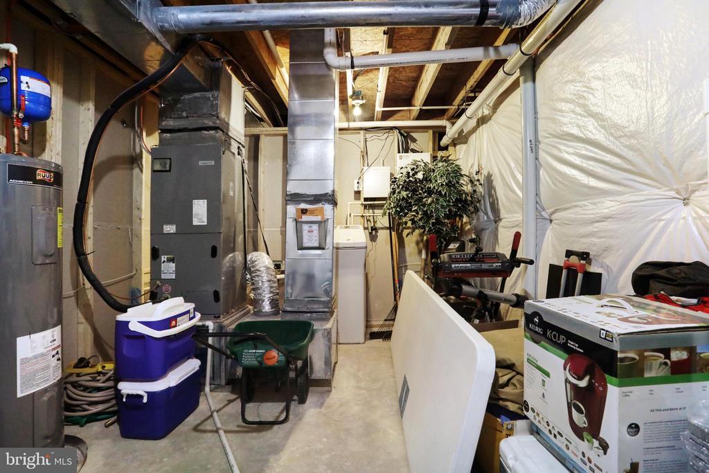 Utility Room - 303 ALDERSHOT DR, MARTINSBURG