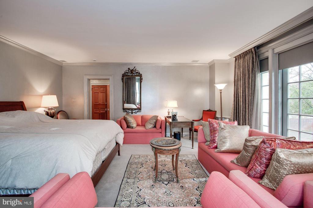 Master Bedroom - 2409 WYOMING AVE NW, WASHINGTON