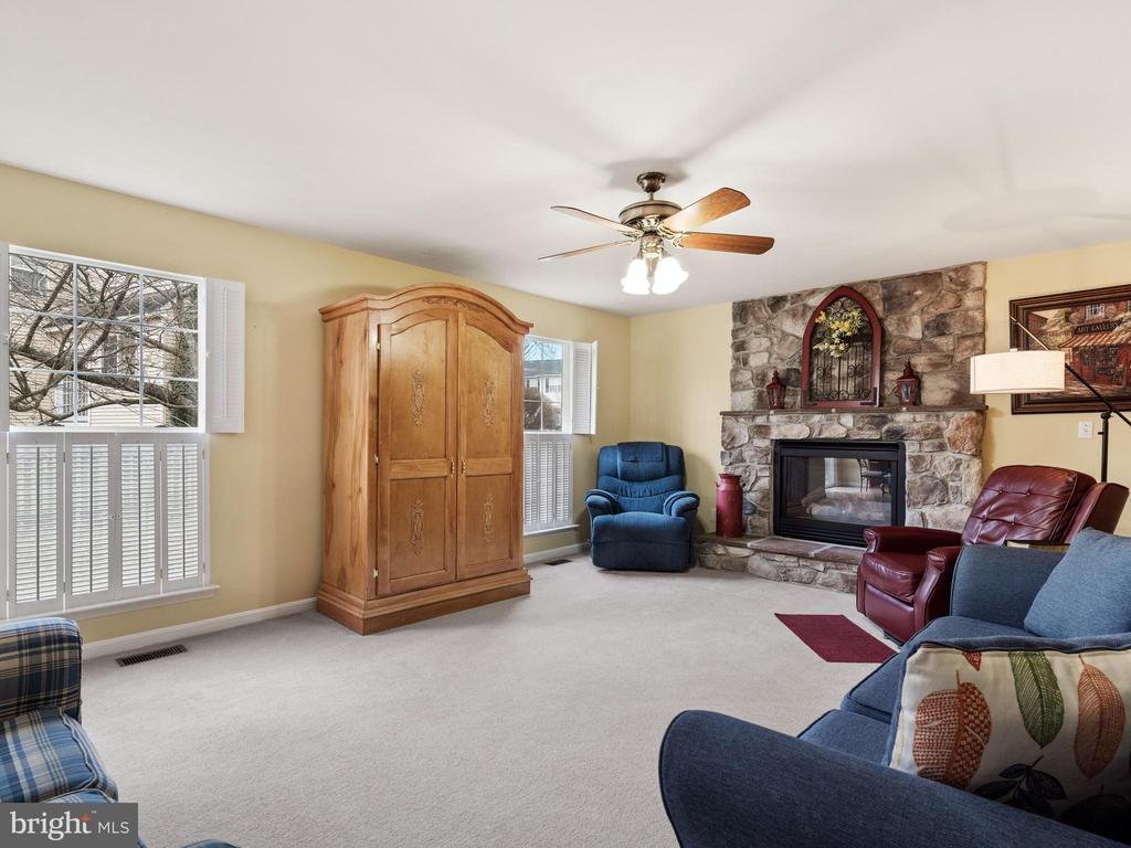 Family Room - 15721 MARBURY HEIGHTS WAY, DUMFRIES