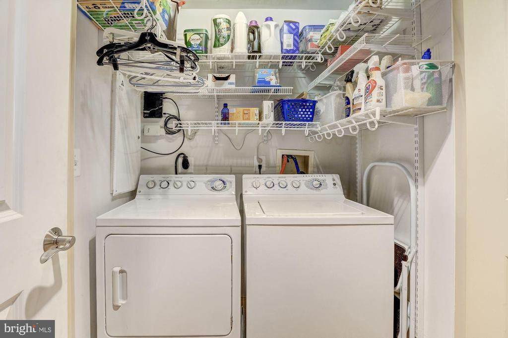 In unit laundry - 4821 MONTGOMERY LN #401, BETHESDA