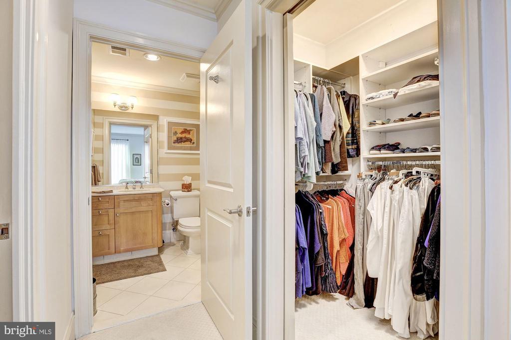 Second bedroom walk-in closet and en-suite bath - 4821 MONTGOMERY LN #401, BETHESDA