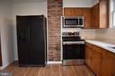 New microwave, stove, and flooring - 6 E G ST, BRUNSWICK