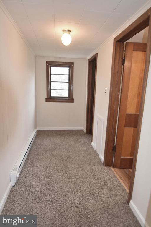 Walk in Closet and bathroom located off hallway - 6 E G ST, BRUNSWICK