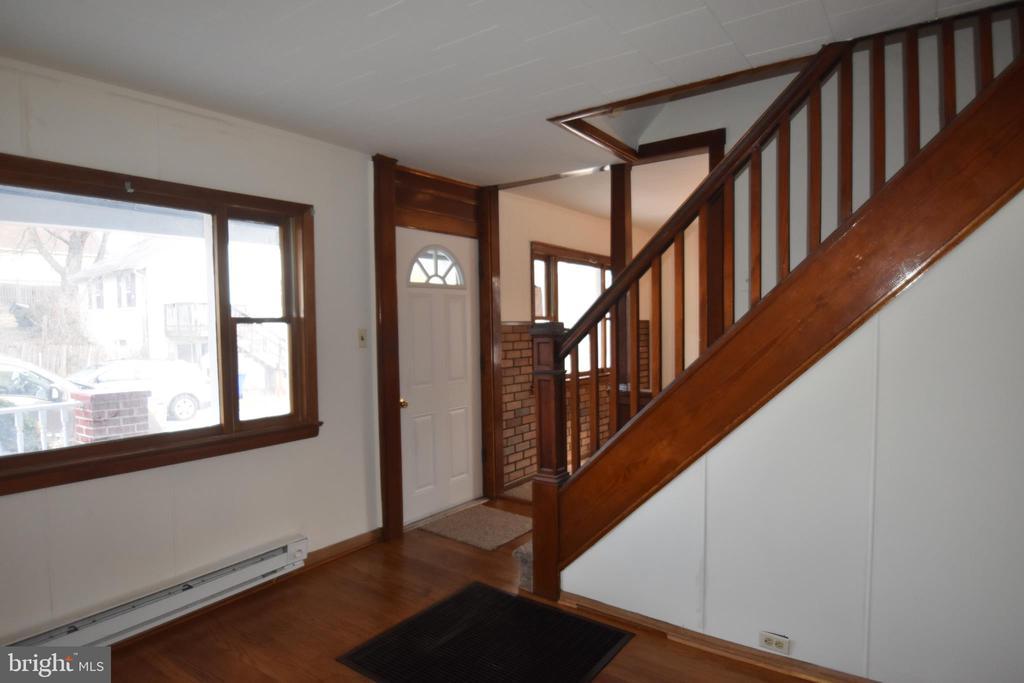 Traditional Floor Plan - 6 E G ST, BRUNSWICK