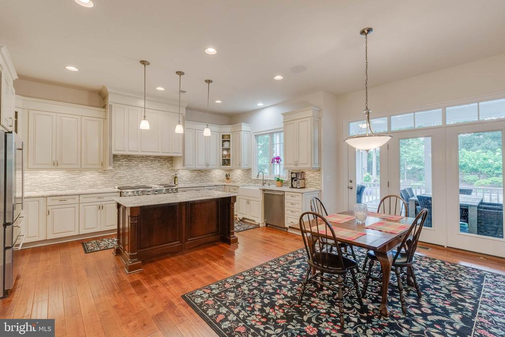 Chef's Kitchen and open Breakfast leads to Porch - 3003 WEBER PL, OAKTON