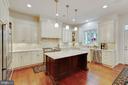 Kitchen: high-end appliances and walk-in pantry - 3003 WEBER PL, OAKTON