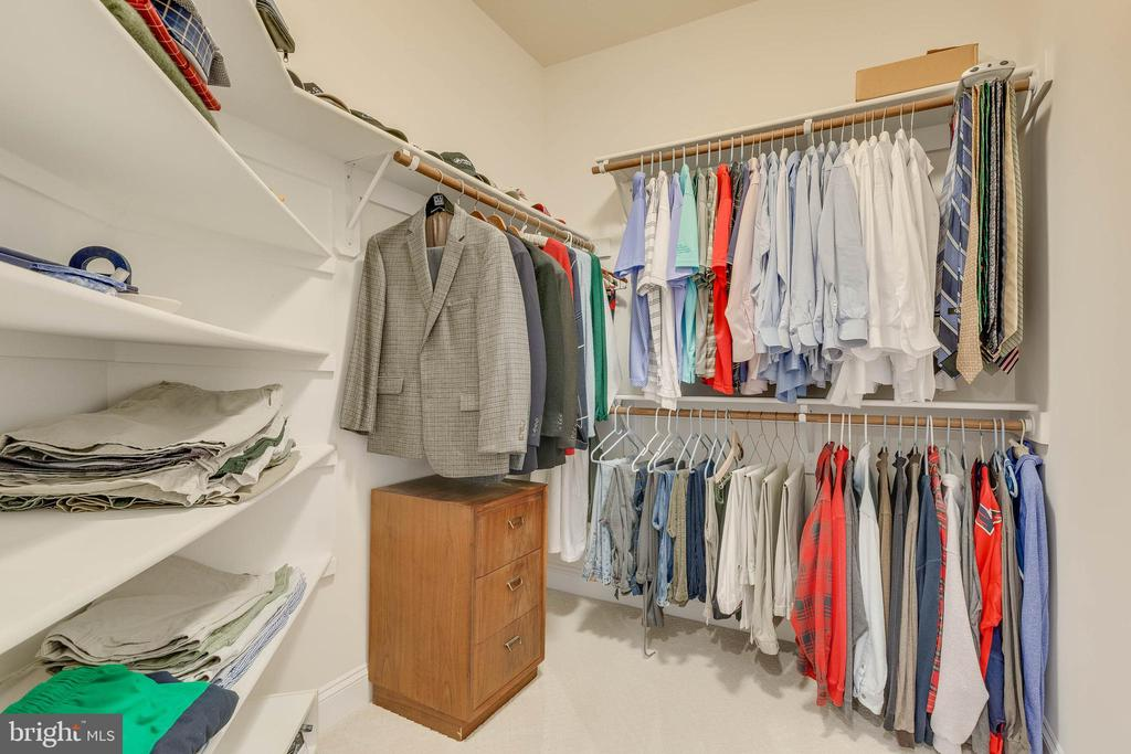 Dual Wardrobe Closets - 3003 WEBER PL, OAKTON
