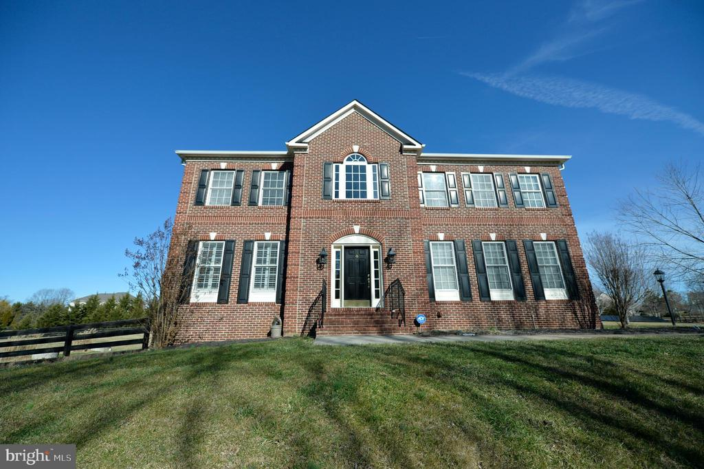 Come on in... - 37894 ST FRANCIS CT, PURCELLVILLE
