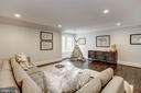 Upper Level Sitting Room - 1418 KIRBY RD, MCLEAN