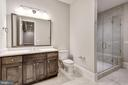 Full Bath - 1418 KIRBY RD, MCLEAN