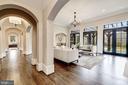 Gallery & Living Room - 1418 KIRBY RD, MCLEAN