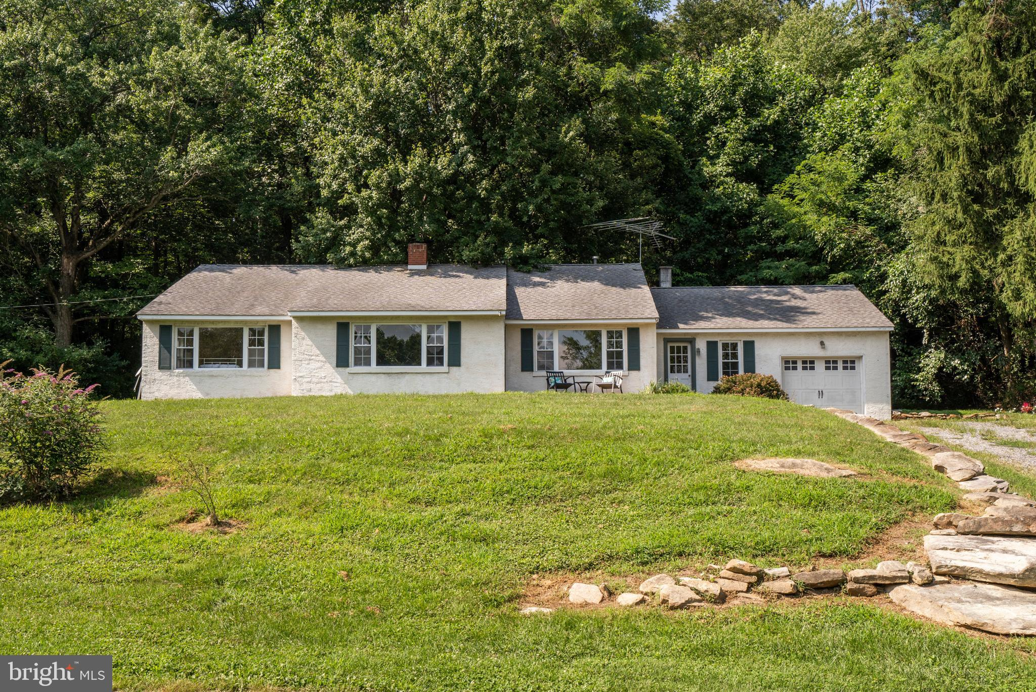 2997 UPPER VALLEY ROAD, PARKESBURG, PA 19365