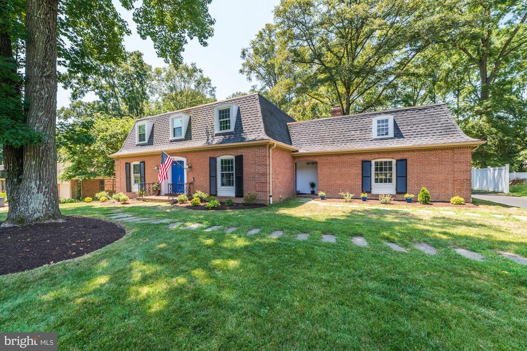 9020  CHARLES AUGUSTINE DRIVE 22308 - One of Alexandria Homes for Sale