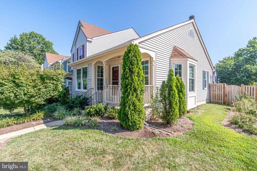 6375 Chimney Wood Ct, Alexandria, VA 22306