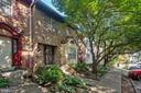 6092 Heatherwood Dr