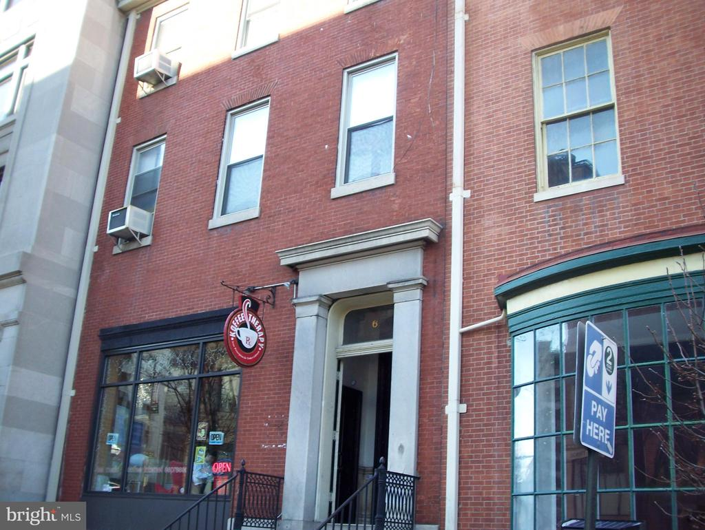 Two Bedroom / Two baths in Classic building with seven units.  Much of the original detail has been preserved but unit has been updated.  Largest bedroom on-suite.  second bedroom with second bath.  Hardwood flooring through out.  Laundry in basement.  Rent includes hot/cold water/sewer.  Tenant pay own electricity.  Street parking but there are several parking buildings within neighborhood.  Q bus and Hopkins bus on the corner.