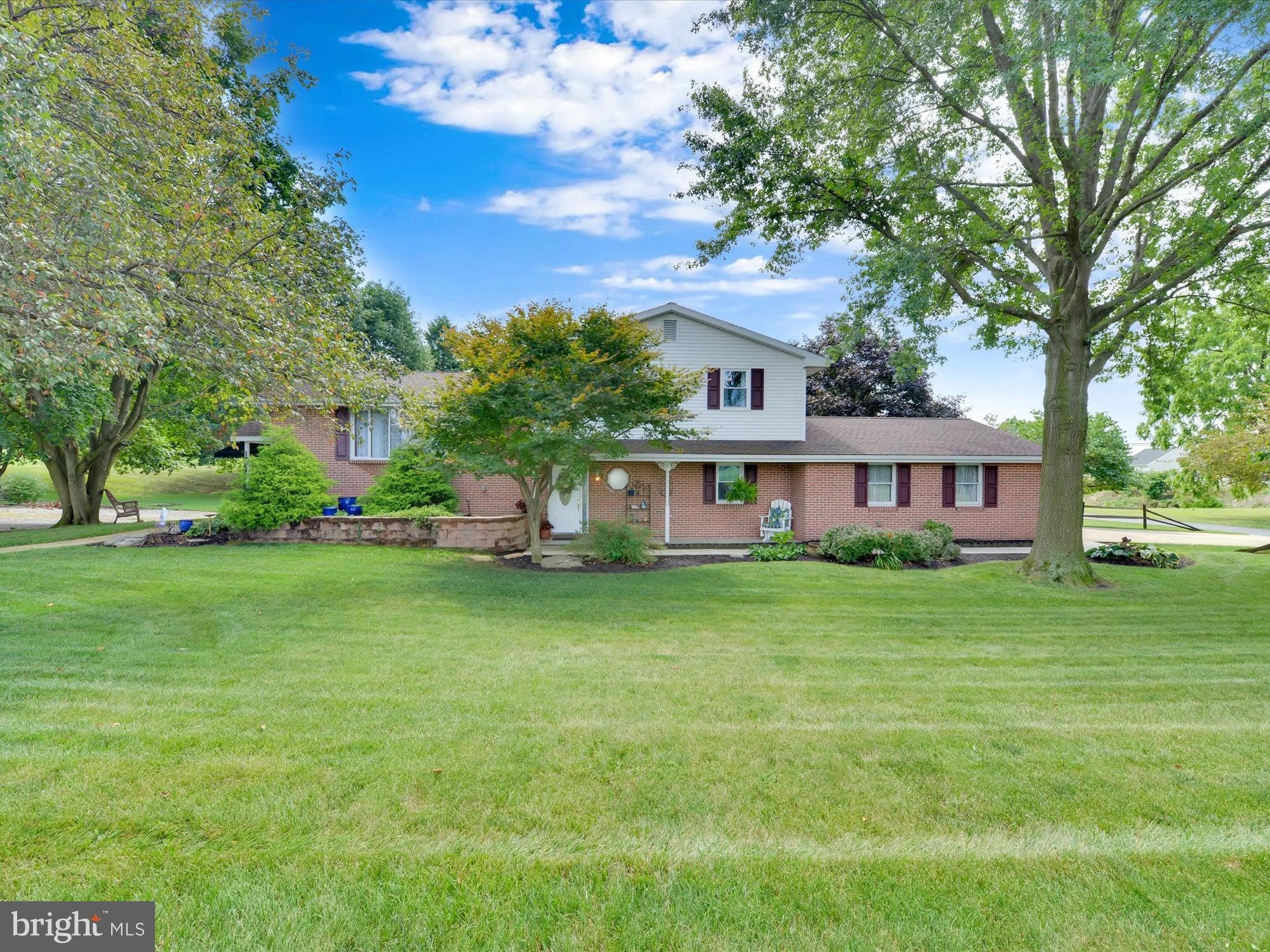 3 VALLEY VIEW AVENUE, ANNVILLE, PA 17003
