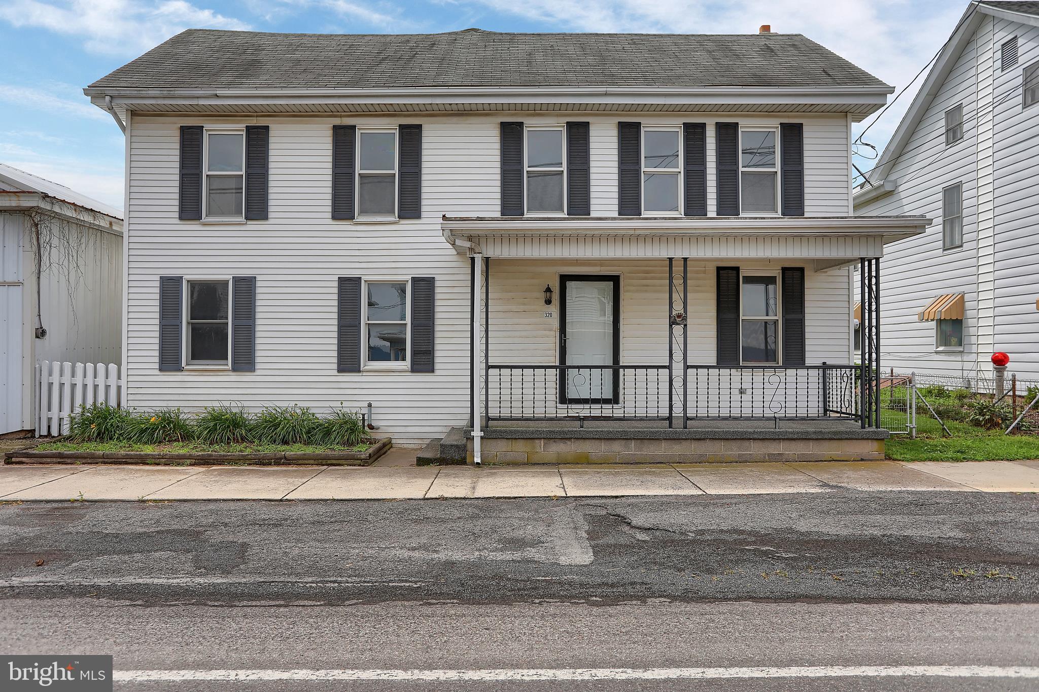 320 E MARKET STREET, GRATZ, PA 17030