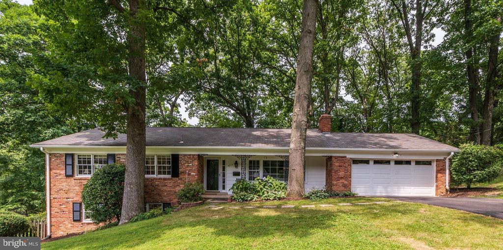 9214  CHRISTOPHER STREET 22031 - One of Fairfax Homes for Sale