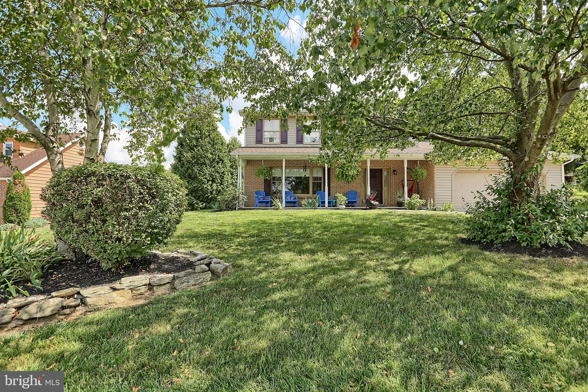 114 DOGWOOD DRIVE, MOUNT HOLLY SPRINGS, PA 17065