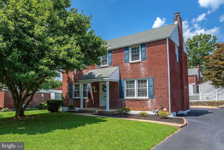 208 Pine Ridge Road Havertown, PA 19083