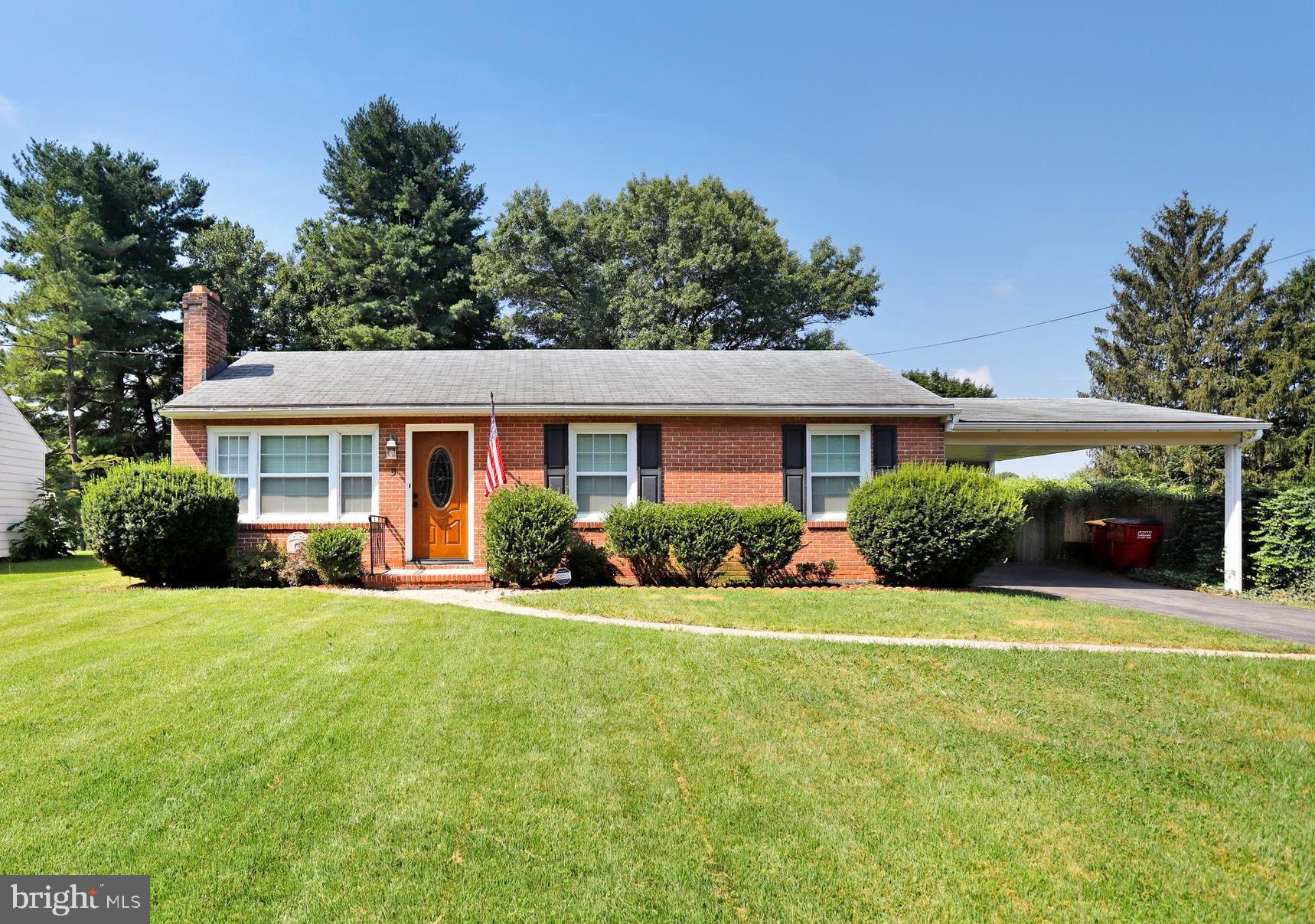 9 HAYWOOD CIRCLE, HAGERSTOWN, MD 21740
