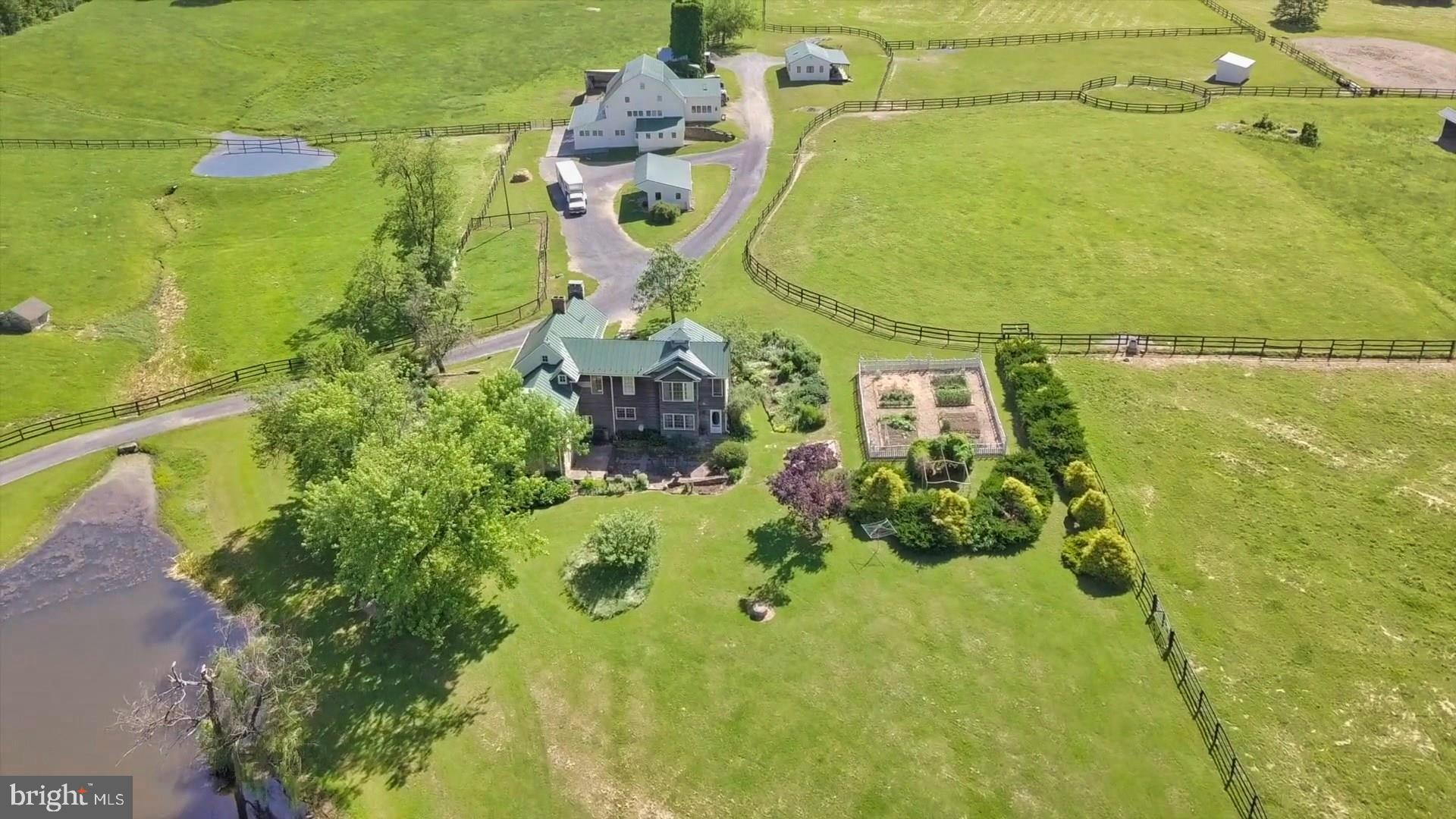 20597 Furr Road, Round Hill, VA 20141
