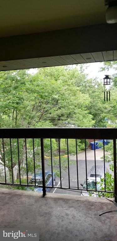 18503  SWEET AUTUMN DRIVE  304, Gaithersburg in MONTGOMERY County, MD 20879 Home for Sale