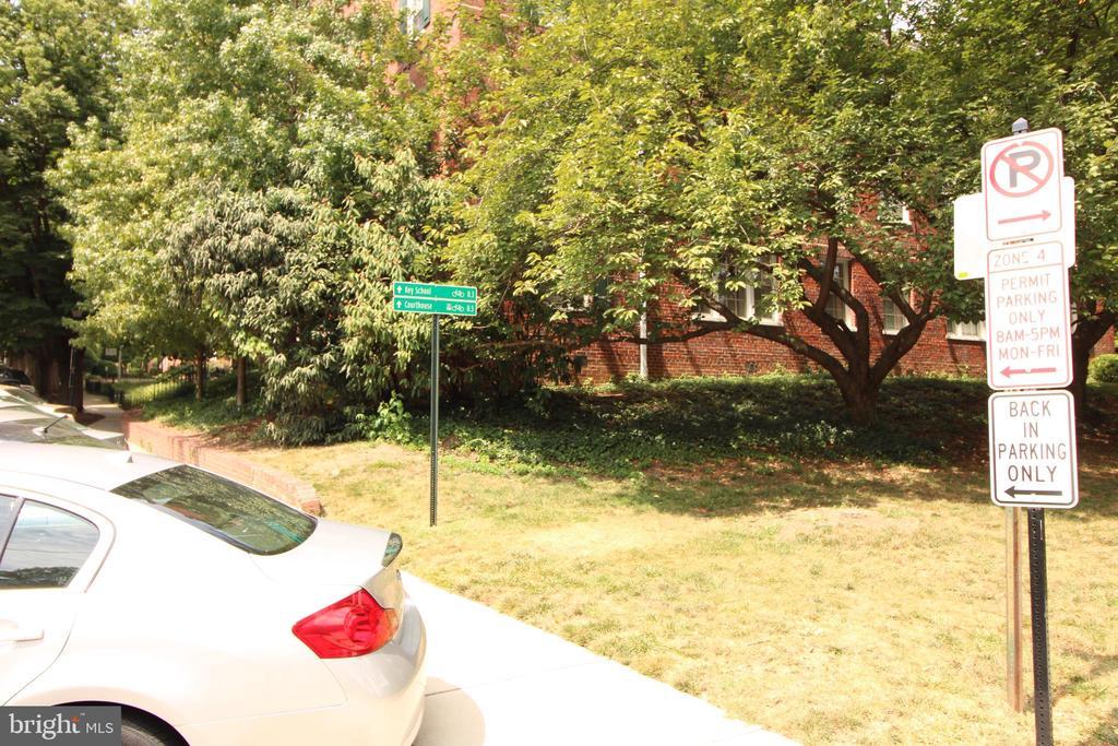 Photo of 1801 Key Blvd #509