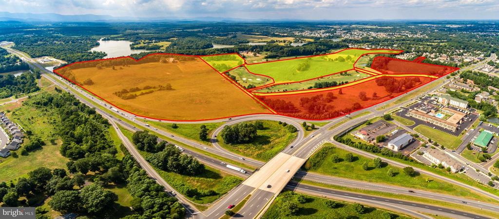 PREMIER GATEWAY DEVELOPMENT OPPORTUNITY - 166 ACRES OF TRULY SPECIAL REAL ESTATE! PROJECT OFFERS DEVELOPABLE TRACTS WITH BY-RIGHT ZONING/ONSITE SVCS THAT WILL SUPPORT A BROAD MIX OF GOLF COURSE ORIENTED HOUSING, APTS, CONDOS, COMM SVCS, OFFICE PARKS & HOTEL/CONVENTION POSSIBILITIES. THIS LOCATION IS RECOGNIZED AS THE PRIME GATEWAY TO CULPEPER WITH HIGH TRAFFIC COUNTS & INCREDIBLE VISIBILITY!