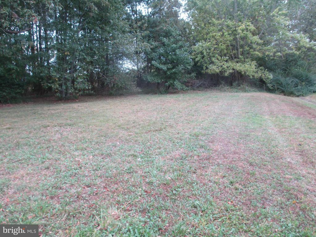 Rare building lot in the town of Trappe.  Lot is partially wooded and sited behind other homes.