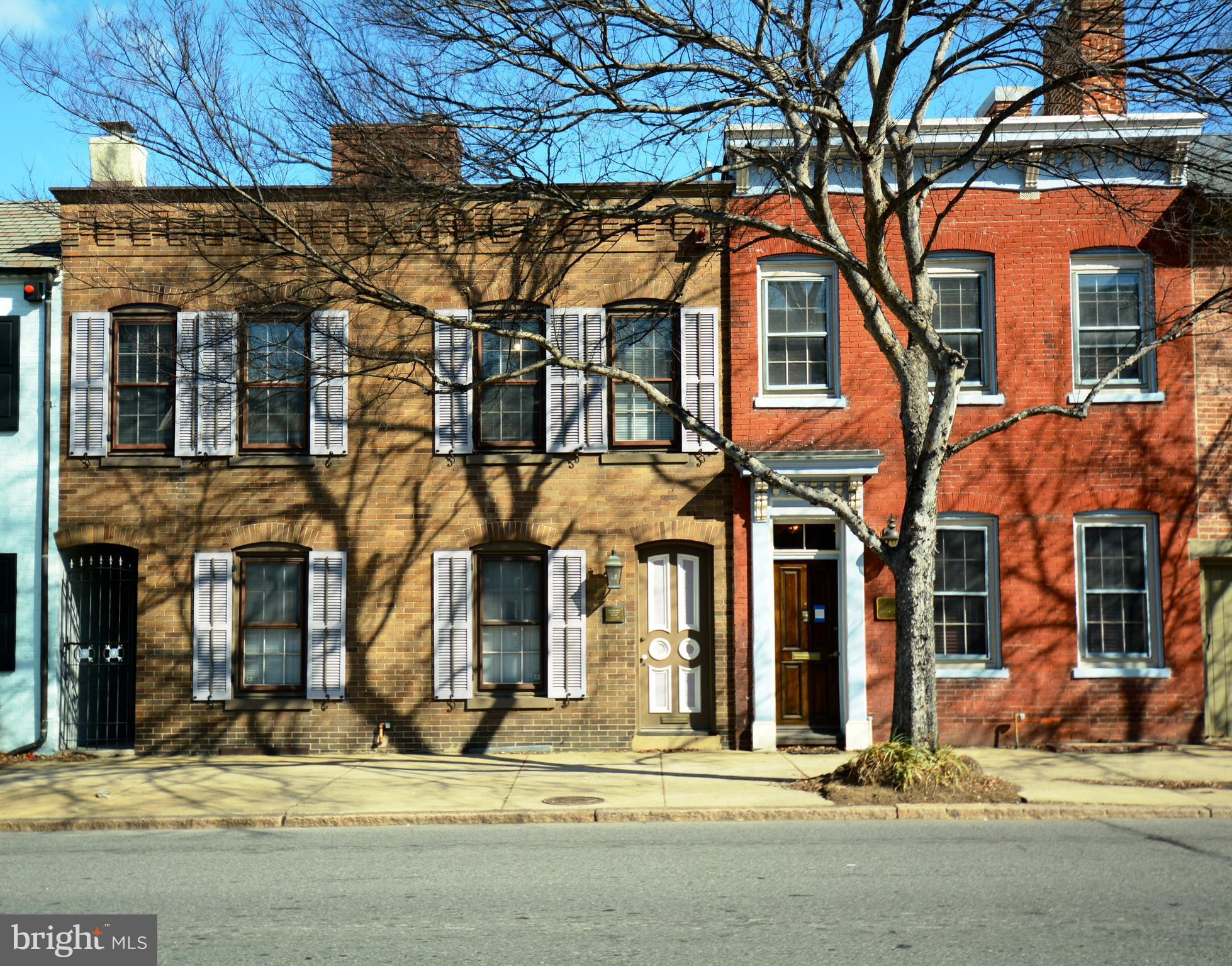 Adjacent 1011 and 1015 Duke St. for sale as unit (pics and BR/BA info for both properties, sep tax record for 1011). Total combined sq ft approx 2650.  Zoned CL, currently used as office (res. use permitted with City approval).  Interior access btwn properties on 3 levels. 3+ pkg spaces in rear off City alley, lg. yard. Walk to metro, 2 blocks from King St. Unique oppty!